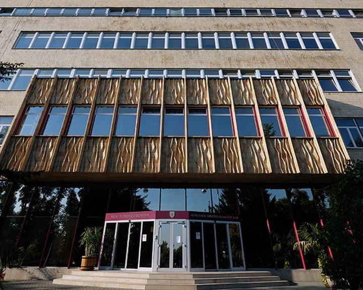 Bódis: újabb négy magyar egyetem került fel a rangos felsőoktatási listára