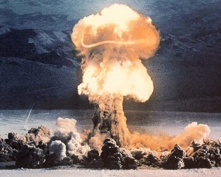 Egy atomfegyver-kísérlet végrehajtását vitatták meg az amerikai kormány tagjai
