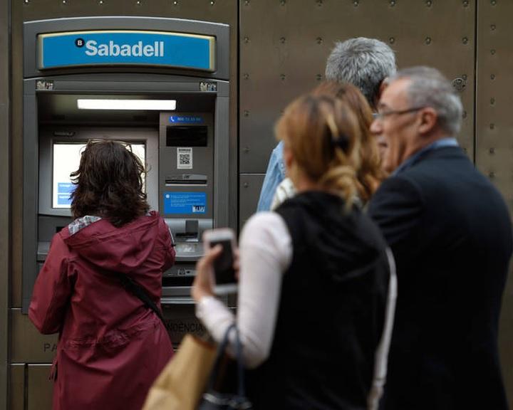 Spanyolország bevezeti a minimumjövedelmet