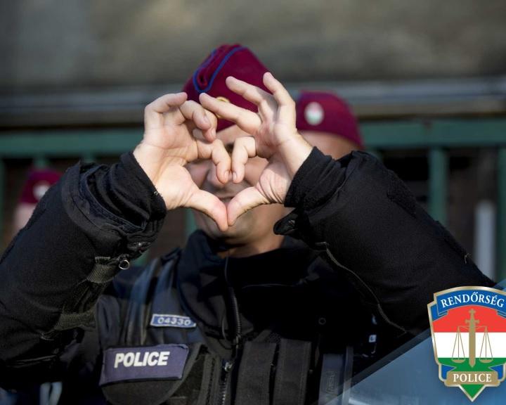 Elindította hivatalos Facebook-oldalát a rendőrség