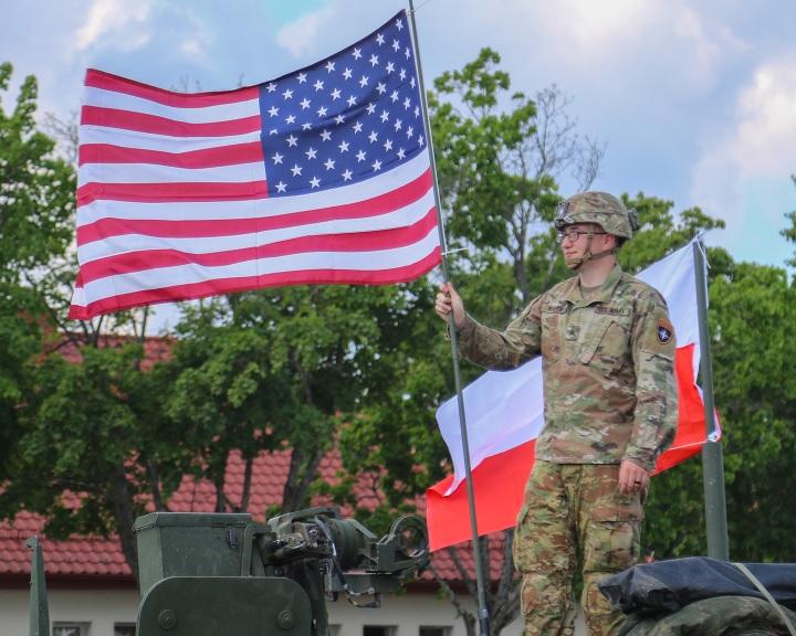 Amerika katonákat fog állomásoztatni Lengyelországban