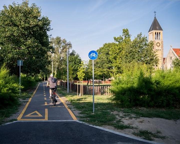 Kerékpárúttal kötötték össze Pécsen a belvárost a keleti résszel