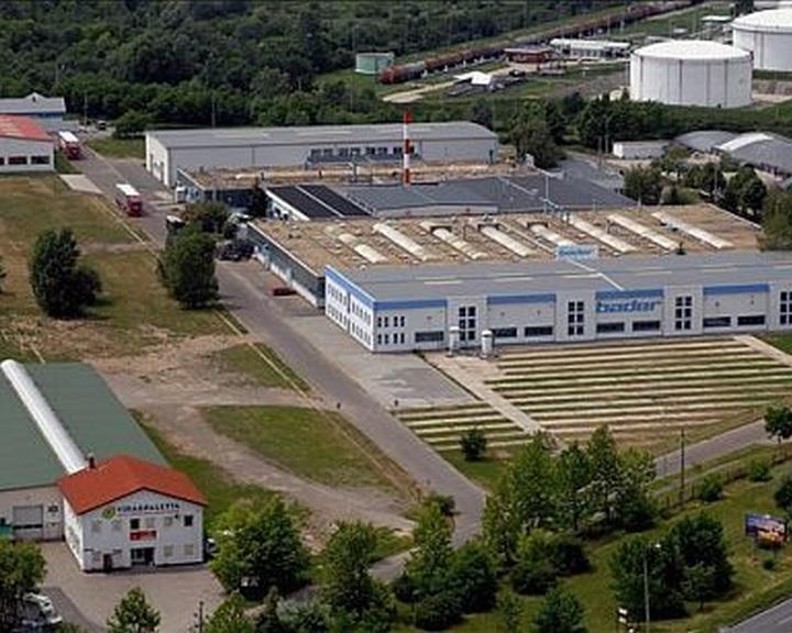 Üzemcsarnok épült egymilliárd forintból Pécsen