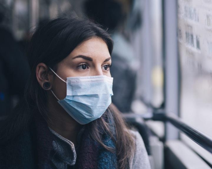 Leszállítják a maszk nélkül utazókat a MÁV-START és a Volánbusz járatairól
