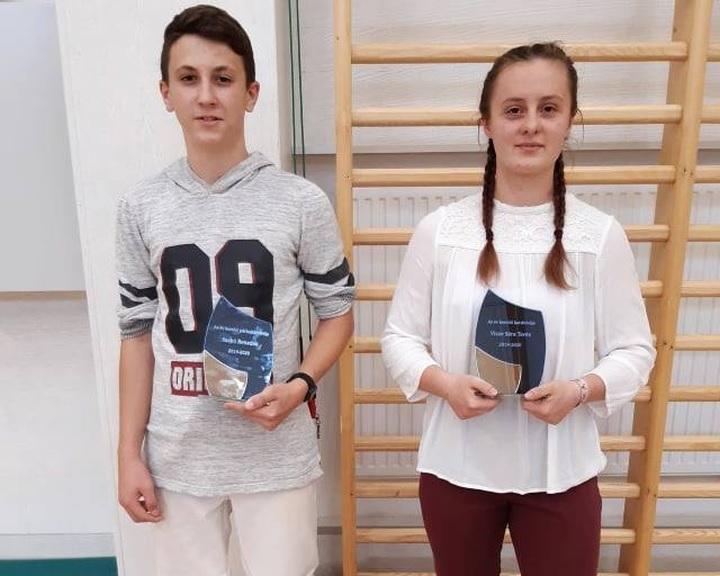Szabó Benedek és Vicze Sára az év komlói vívói