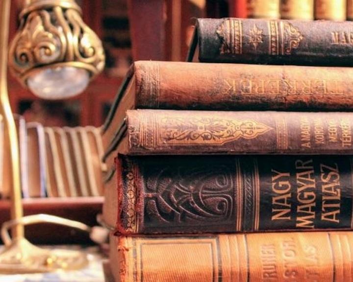 Író-olvasó találkozók, könyvbemutatók, gyermekkönyvtári programok az Őszi könyvtári napok pécsi programsorozatában