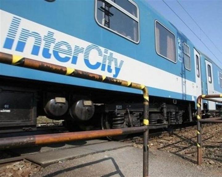 Mávinform: több kocsival járnak a forgalmasabb vonalakon a vonatok a hétvégén