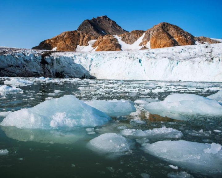 Gyorsabban olvadhatnak Grönland legnagyobb gleccserei az eddig becsültnél