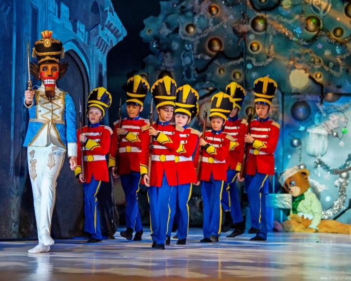 """""""Mint a gyermek a karácsonyi ajándékát, mi most egy évig várjuk ezt a csodálatos munkát"""""""