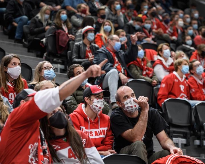 A svájci labdarúgók csak beoltott szurkolókkal osztoznának a stadionokon