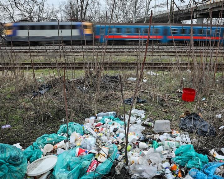 Több mint tízezer tonna illegális hulladékot számoltak fel eddig a Tisztítsuk meg az országot! programban