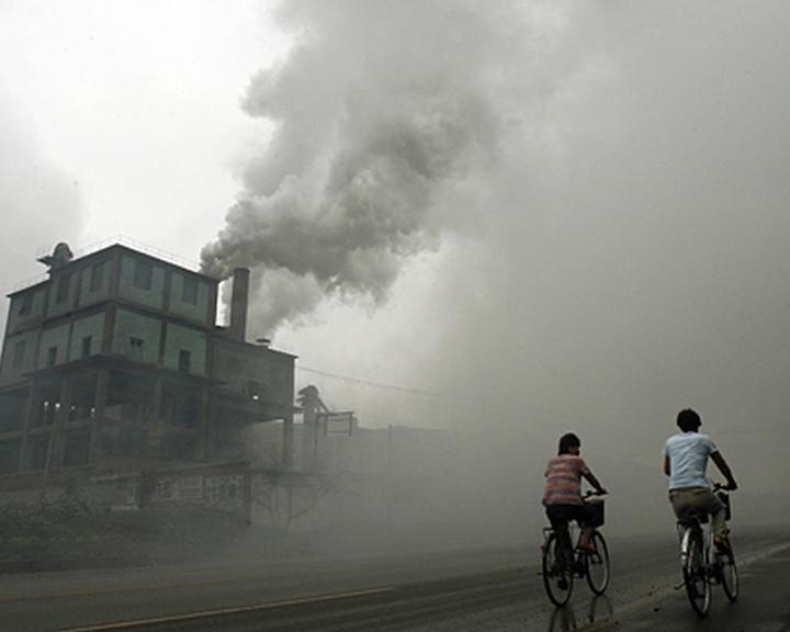 A fosszilis anyagok égetéséből származó légszennyezettség okozta a halálesetek egyötödét 2018-ban