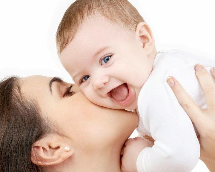 Az anyatej nagy lökést ad a baba immunrendszerének