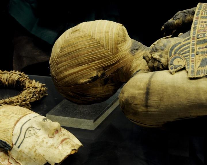 Az ókori egyiptomi mumifikálás eddig ismeretlen részleteit tárta fel egy 3500 éves útmutató