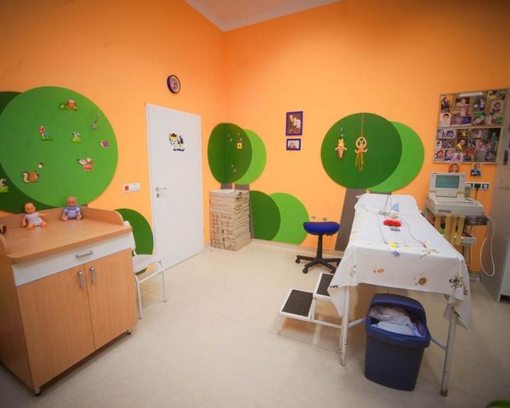 Modern ultrahang készülékkel gazdagodott a pécsi gyermekklinika