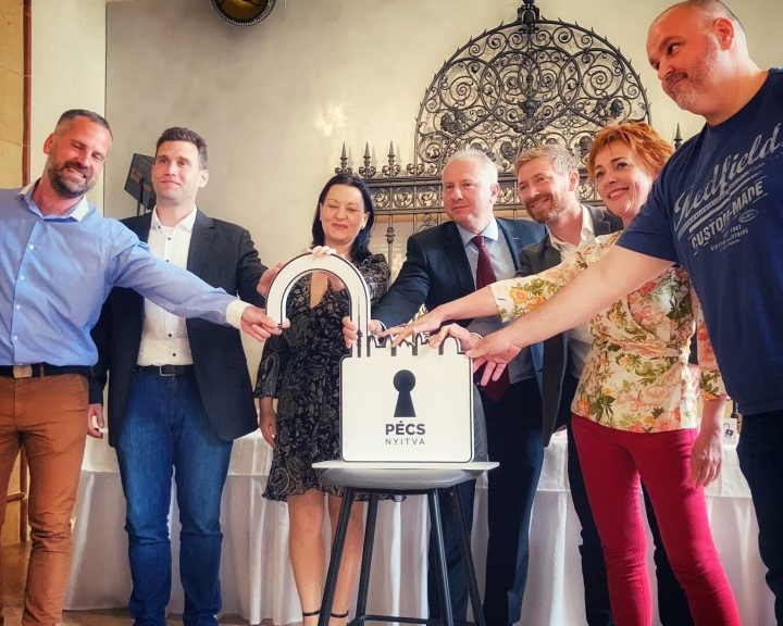 Színes nyári programokkal várják a látogatókat Pécsre