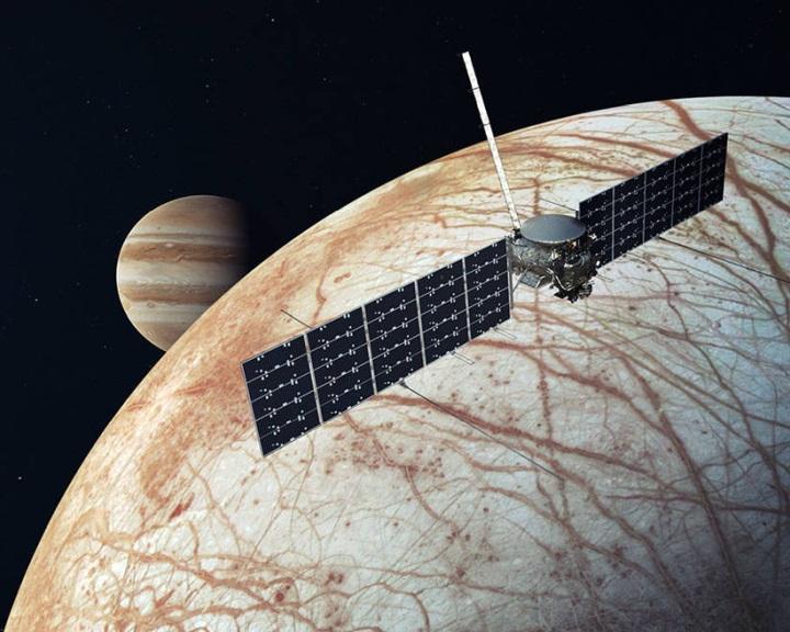 Mélytengeri vulkánok működhetnek a Jupiter Europa holdján