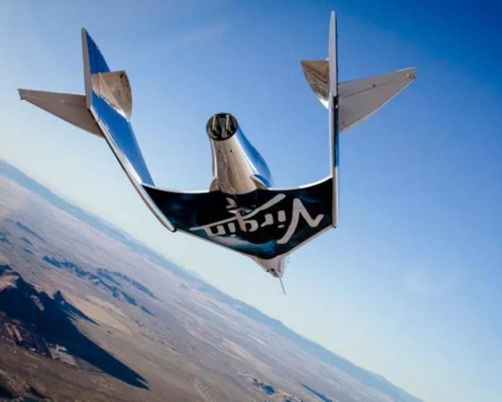 Richard Branson július 11-ére tervezi az űrutazását