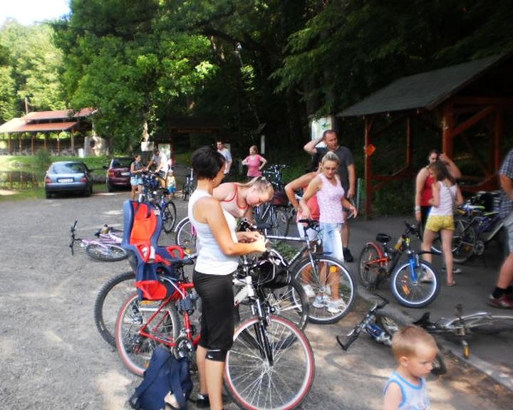 Kerékpárúti tekerés