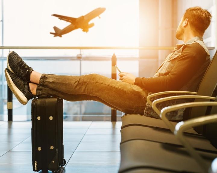 A külföldi utazásokhoz kapcsolódó adó- és vámszabályokra hívja fel a figyelmet a NAV