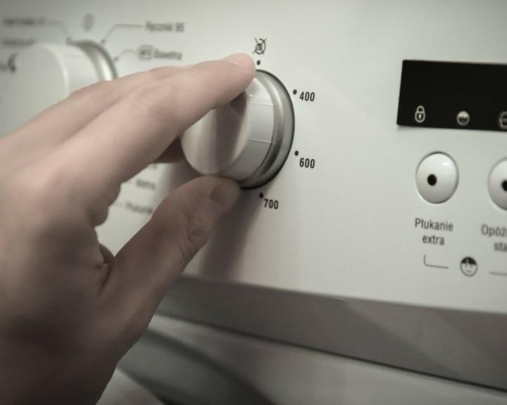 ÁSZ: ötből négy vásárló megnézi az energiacímkét
