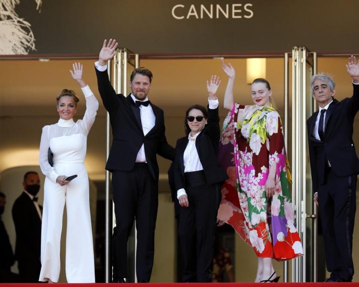 Megkezdődtek a találgatások a díjakról, a francia sajtó Enyedi Ildikó filmjét is esélyesnek tartja