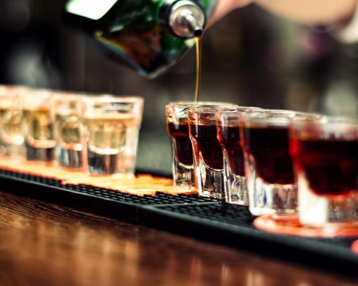 Az EU-ban minden tizenkettedik felnőtt naponta fogyaszt alkoholt
