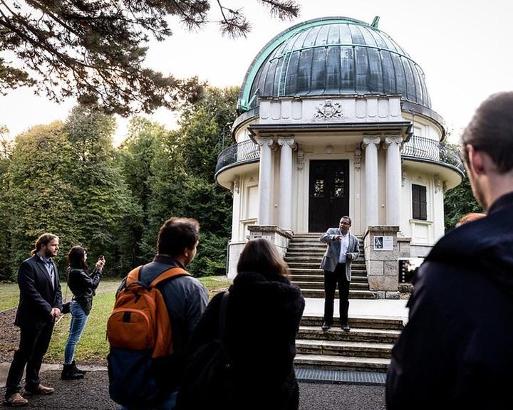 Téridő-trambulinnal magyarázzák el a gravitációt a Svábhegyi Csillagvizsgálóban