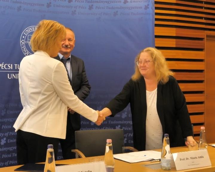 Együttműködési megállapodást kötött a PTE és az MVM Energetika Zrt.