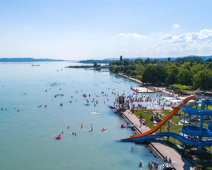 Turisztikai ügynökség: folytatódhatnak a strandfejlesztések