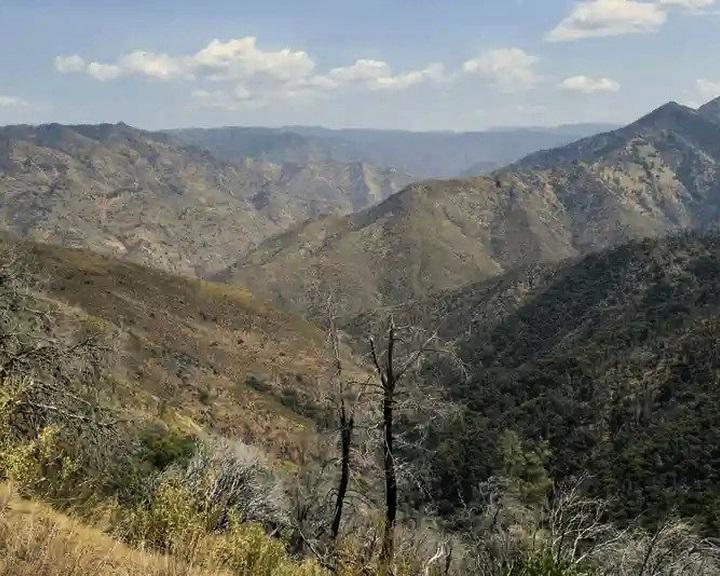 Az extrém hőség miatt halt meg egy túrázó család augusztusban Kaliforniában