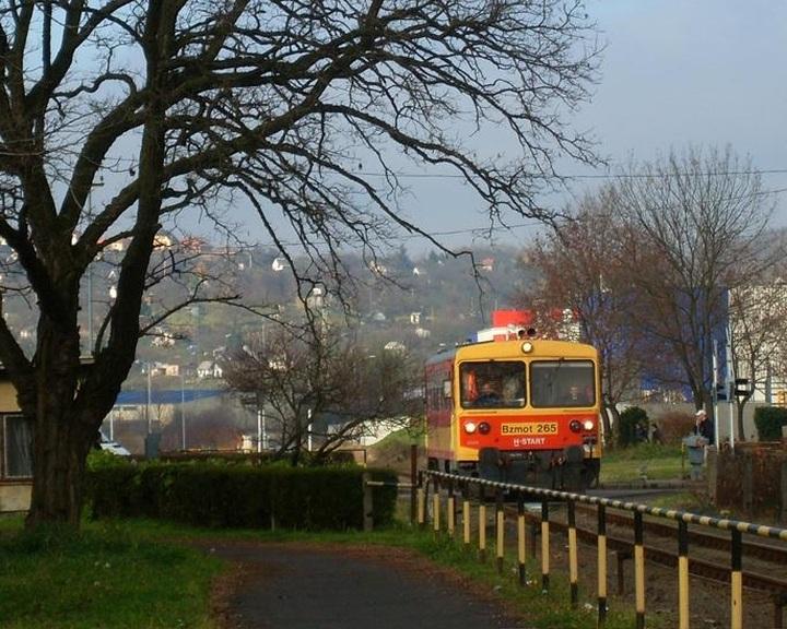 Egy hétig nem lesz vonat Komló és Sásd között