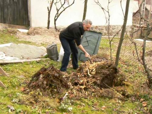 A tavaszi munkálatok szerves hulladékának elszállítása