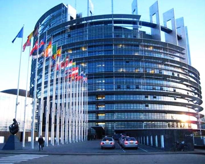 Brüsszel takarékra tette a demokratikus Európát?