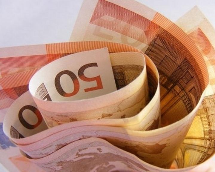 Peking üzleti alapon segít Európának