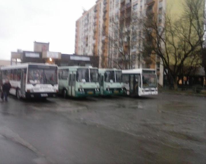 Új szerződés a komlói buszokról