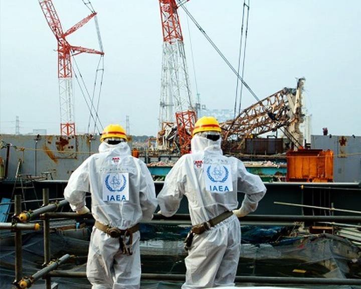 Hatszáz tonna rendkívül radioaktív olvadék után kutatnak Fukusimában
