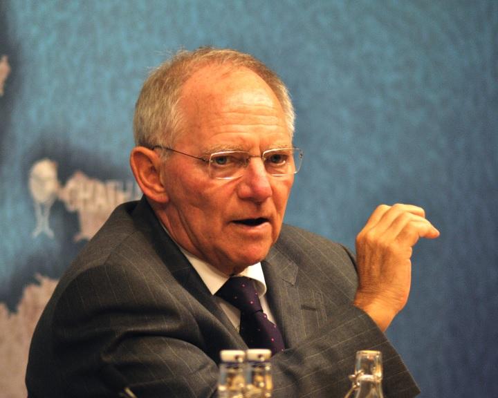 Wolfgang Schäuble: kilépési hullámot indíthat el a Brexit