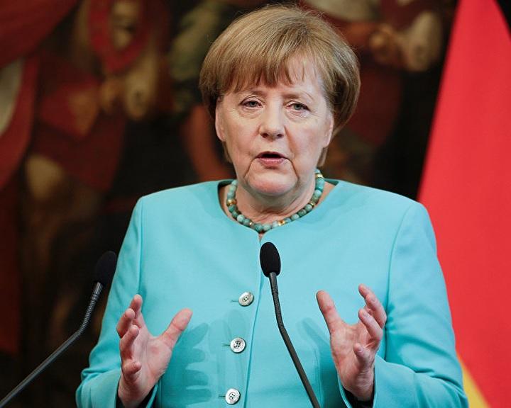 Merkel-paradoxon: szankciókra keleti nyitást