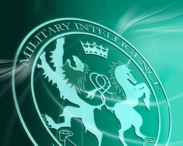 Képtelen elemezni a rengeteg adatot az MI5
