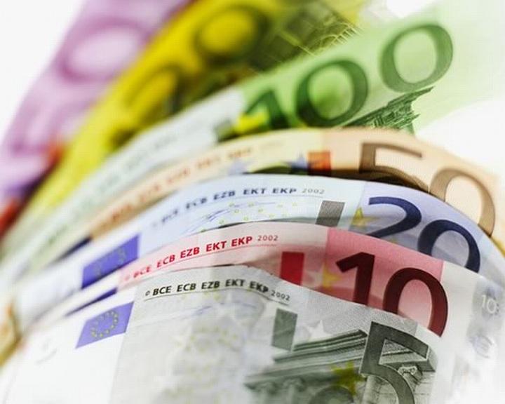 Pert nyert a deviza-károsult: csak a tőke jár vissza