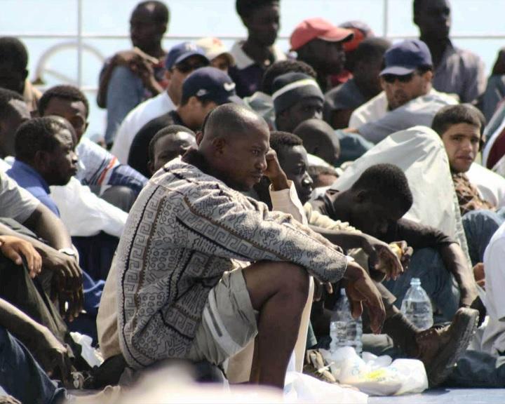 Olasz sajtó: elfogyott a pénz az olaszországi menedékkérők ellátására