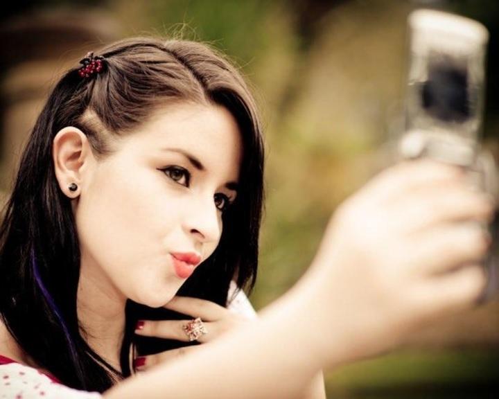 A Facebook-generáció önként ad fotókat az arcfelismerő programokhoz