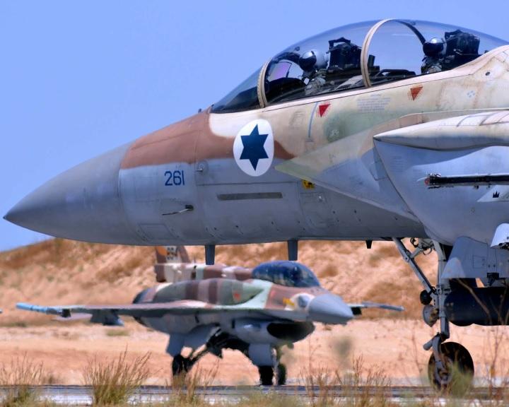 Az orosz légvédelmi rakéták telepítése Izraelt új helyzet elé állítja