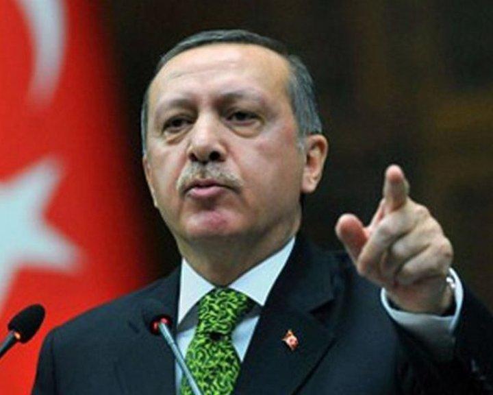 A török elnök szerint a Nyugat terrorszervezetek bűnsegédje