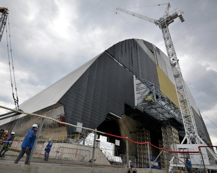 Elkészült az új csernobili szarkofág