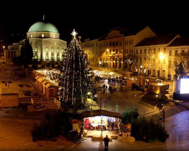 Advent - Százharminc programmal készülnek a karácsonyra Pécsen