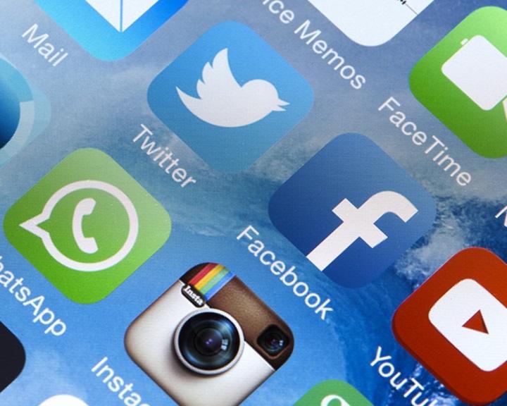 A közösségi média összefog a gyűlöletbeszéd és terrorizmus ellen