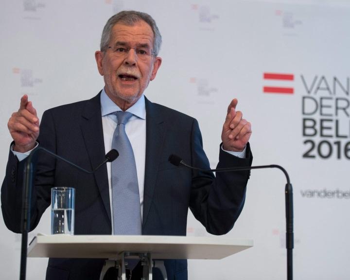 Ausztria: Alexander Van der Bellen nyerte az államfőválasztást