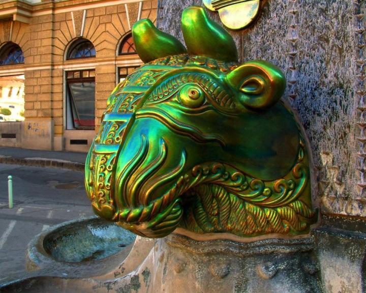 A Zsolnay név használatáról szóló megállapodást kötött Pécs